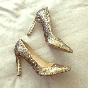 Fergie Gold Glitter Studded Heels 👠